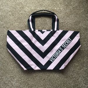 NWT victoria's secret pink and black tote bag